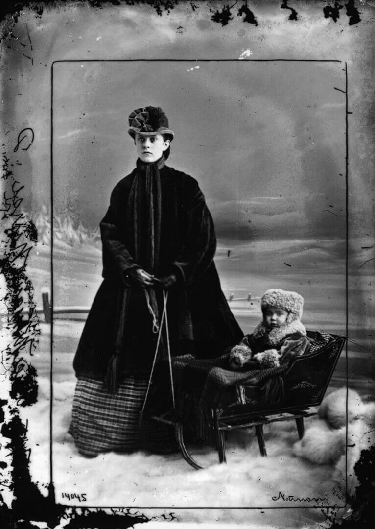 Art Canada Institute, William Notman, Missie Alice Notman in Sleigh with Nurse, 1865