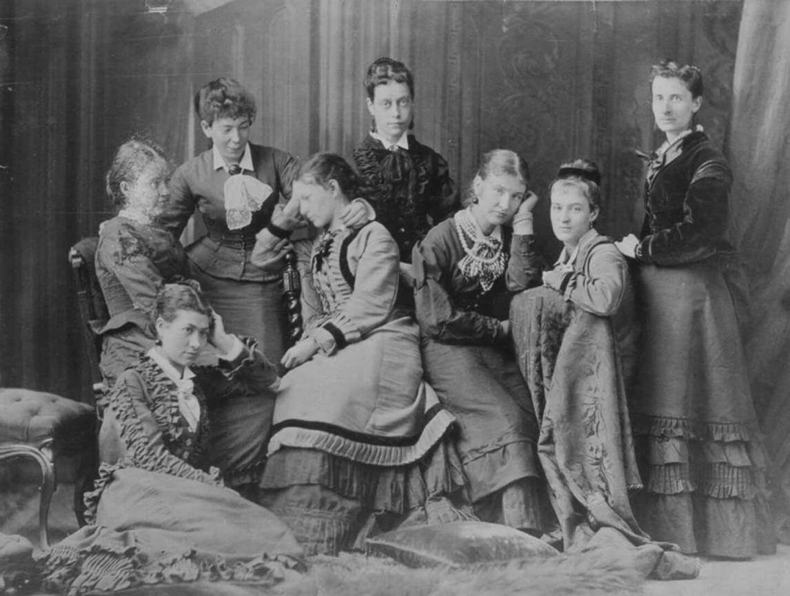 Art Canada Institute, William Notman, Young Ladies of Notman's Printing Room, Miss Findlay's Group, 1876