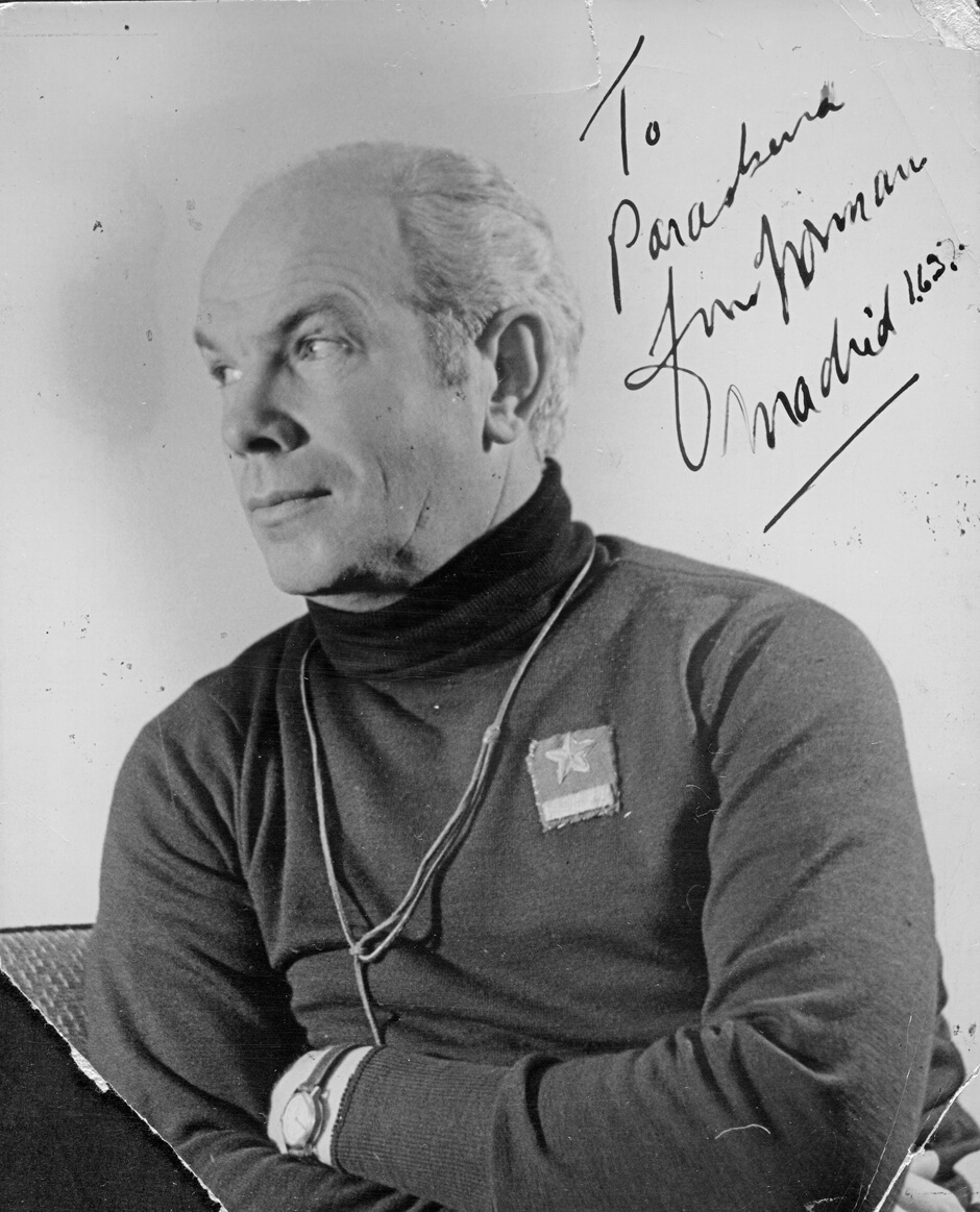 Art Canada Institute, signed photograph sent to Paraskeva Clark from Dr. Norman Bethune