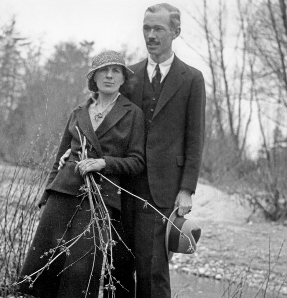 Art Canada Institute, Paraskeva and Philip Clark in Canada, 1931.