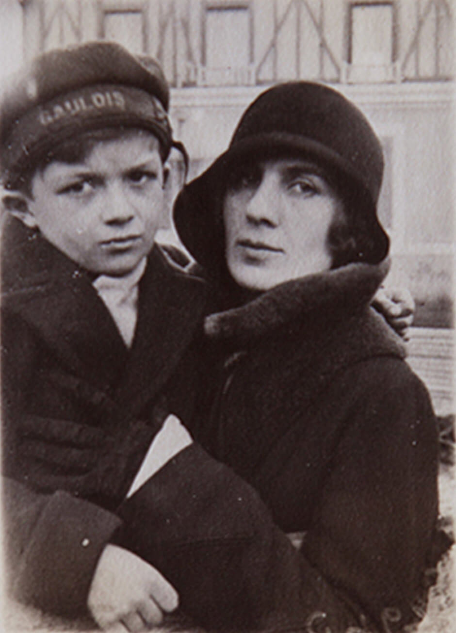 Art Canada Institute, Paraskeva Allegri and her son, Ben Allegri, in Chatou, Paris, 1930.
