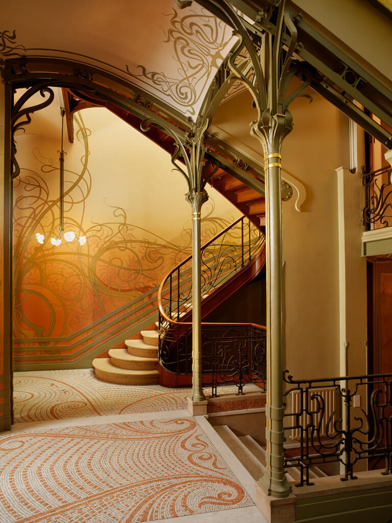 Art Canada Institute, Victor Horta, The Hôtel Tassel, Brussels, 1893–96
