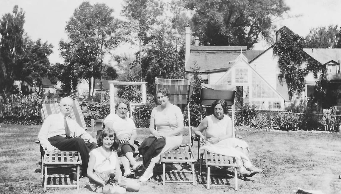 Françoise Sullivan (front), John A. Sullivan (left), and Corinne Sullivan (third from left) with family friends, 1934.
