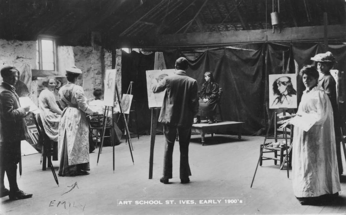 Art Canada Institute, Emily Carr, Students painting from life at the art school in St. Ives, 1900s