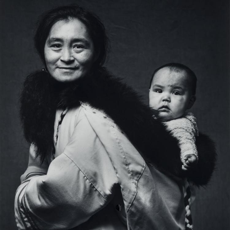 <p>Jerry Riley, <em>Oviloo and Granddaughter Tye</em>, 1990.</p>